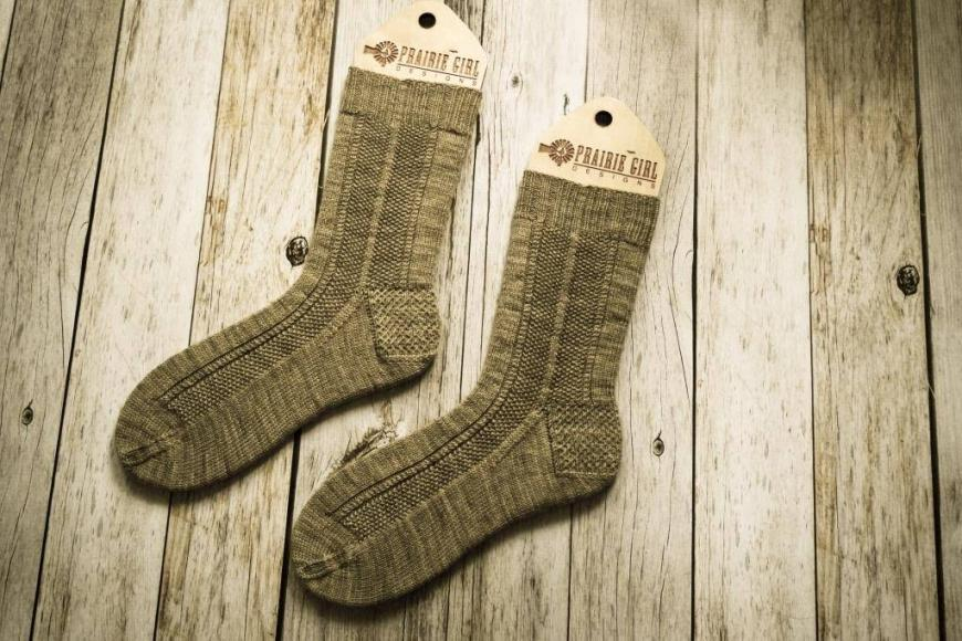 walnut_street_socks_pattern-1-of-3